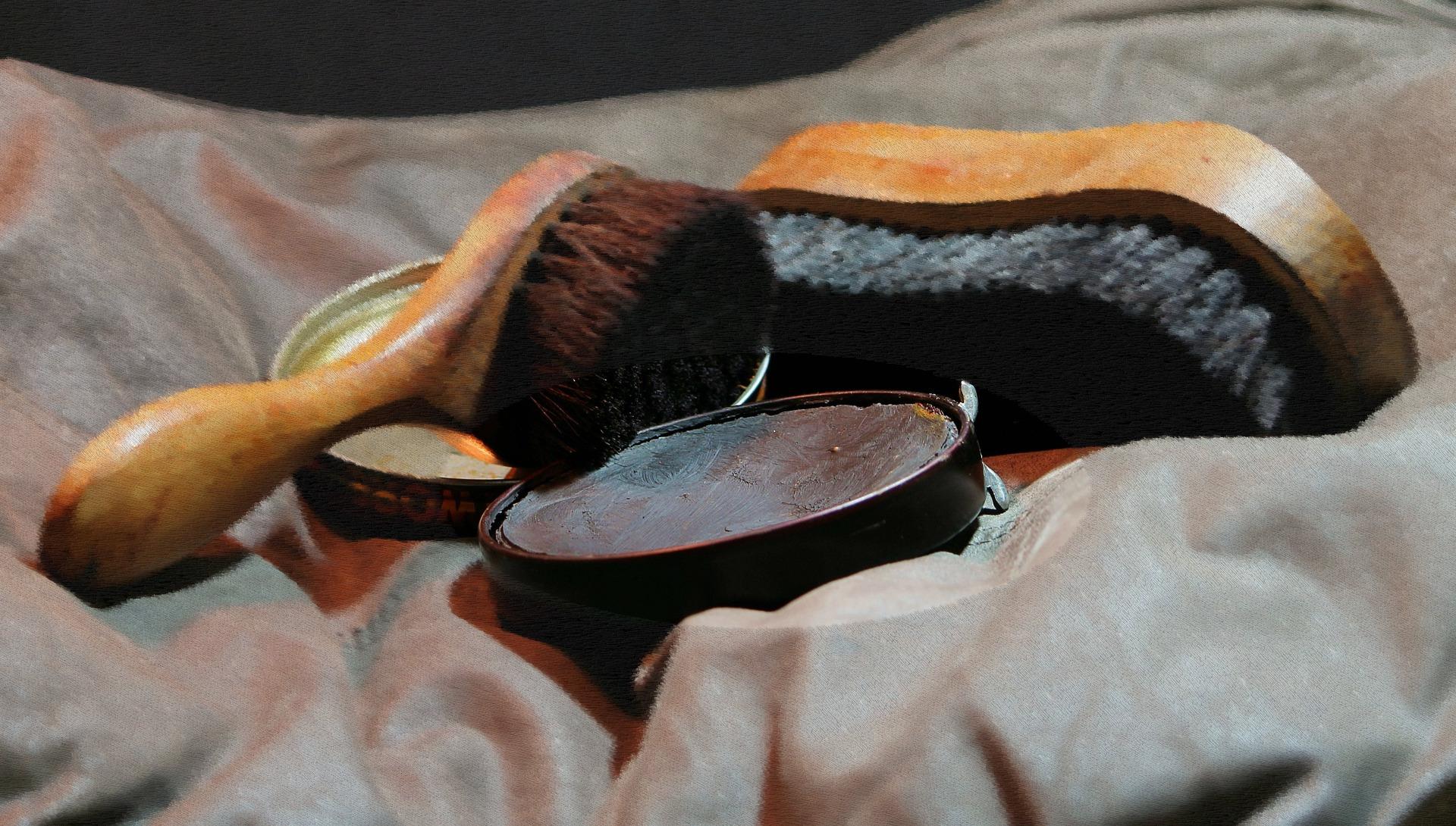 Moisissure sur veste croute de cuir